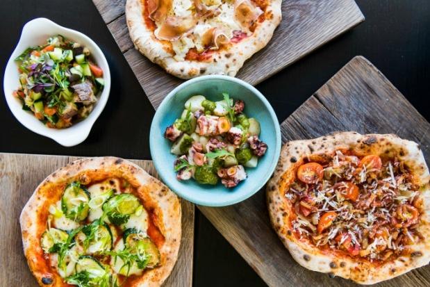 BOCCA-Bites-Pizzette-dishes-HR-1-photo-Hein-van-Tonder